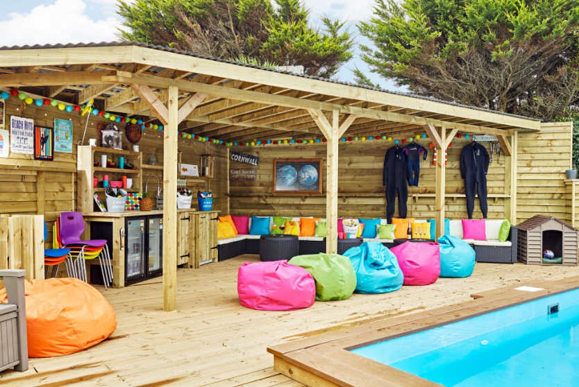 Halula Beach House, Relax by the Pool, Newquay