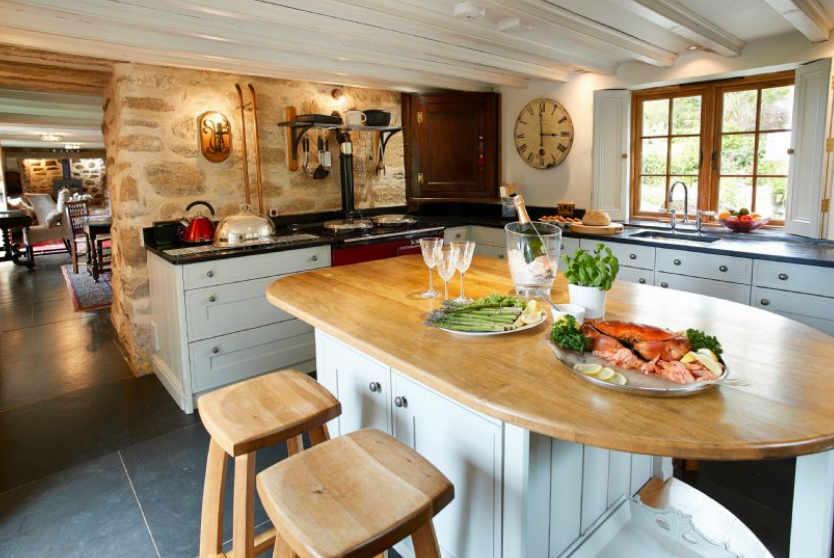 Tregadjack Farmhouse Kitchen, Tregathenan, Cornwall